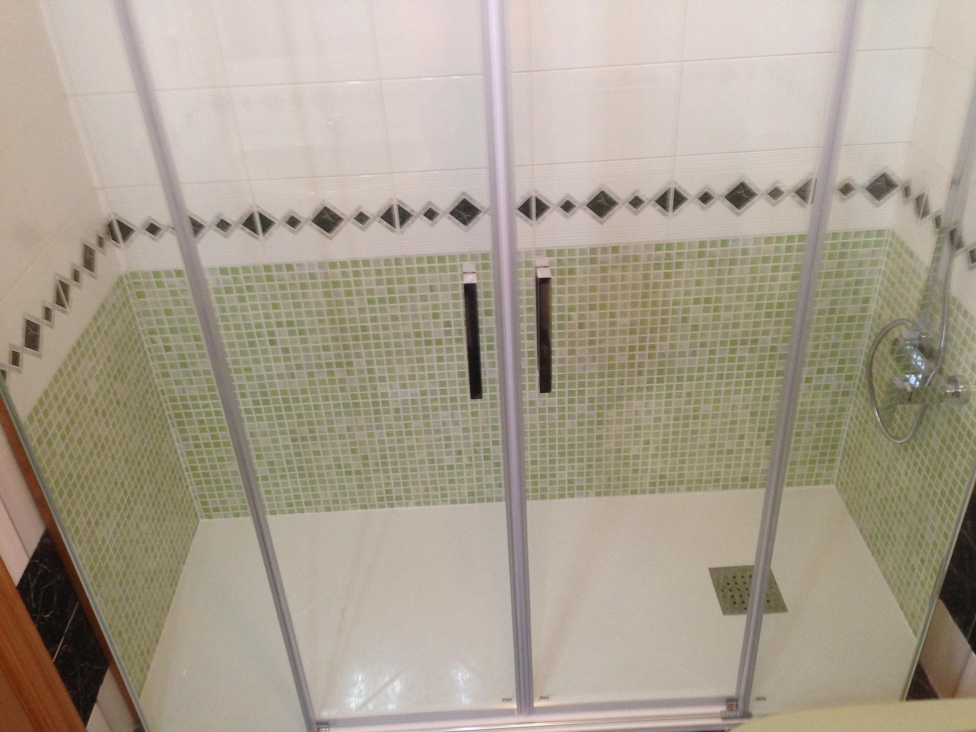 Bañera a ducha para familia Soria
